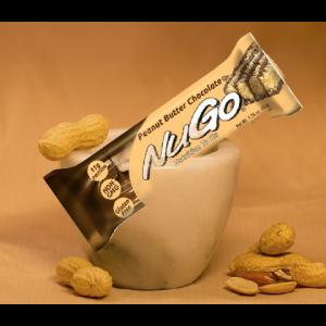 חטיף בריאות NuGo – בטעם חמאת בוטנים ללא גלוטן (מארז של 15 יח')